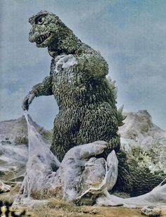 Godzilla saves his adopted son from Kumonga in Son of Godzilla Godzilla Raids Again, Son Of Godzilla, King Kong 2005, Japanese Monster, Classic Monsters, Fantasy Images, Festival Posters, Scene Photo, Beautiful Artwork