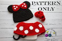 Crochet PATTERN Christmas Newborn Santa hat and by Stephyscrochet