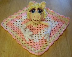 Miss Piggy Lovie Blankie: pattern for sale. (I want one)