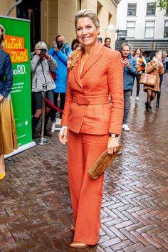 Kingdom Of The Netherlands, 1 Year Anniversary, Queen Maxima, Music Education, Royal Fashion, Formal, Celebrities, How To Wear, Holland