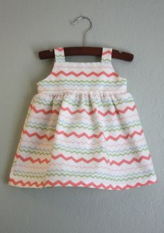 pretty easy sundress tutorial from craftiness is not optional. Sundress Tutorial, Sundress Pattern, Sewing For Kids, Baby Sewing, Sewing Kits, Sewing Clothes, Diy Clothes, Little Girl Dresses, Girls Dresses
