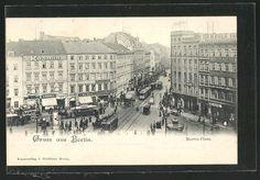 Alte Ansichtskarte: AK Berlin-Kreuzberg, Moritz Platz mit Strassenbahnen & Geschäften, Litfaßsäule