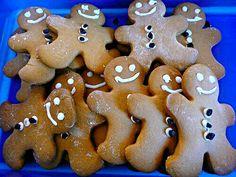 レシピとお料理がひらめくSnapDish - 22件のもぐもぐ -  My Lil Foodie Princess & I Made Gingerbread #Cookies for #Christmas #Party at School #Dessert #Snack/Teatime #Holidays/Celebrations  by Alisha GodsglamGirl Matthews