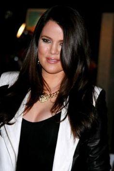 Khloe Kardashian Konsidered Leading Kandidate to Host The X Factor