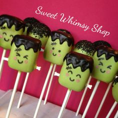 12 Cute Frankenstein Cake Pops for Halloween por SweetWhimsyShop