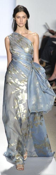 Reem Acra http://www.minitake.com/dresses-px2eyq9-c-894_939.html