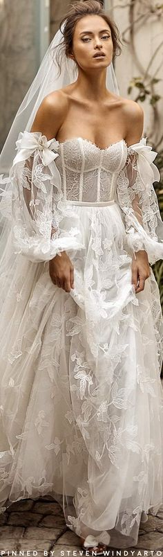18 Most Pinned Wedding Dresses You are tired from searching hundreds of wedding dresses styles? We have prepared for you the most pinned wedding dresses of all the time. Wedding Dress Trends, White Wedding Dresses, Wedding Gowns, Bridal Skirts, Bridal Cape, Bride Gowns, Bridal Fashion Week, Fall Fashion, Women's Dresses