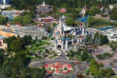 Central Plaza   Disneyland Paris