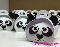 Craft-O-Logy: Panda Traktatie Panda Party, Bear Party, Birthday Box, Birthday Parties, Po Kung Fu Panda, Panda Baby Showers, Sweet Jars, Ideas Para Fiestas, Party In A Box