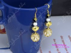 Sparkling Pearls in Cage Earrings Shell Pearl by YanYan