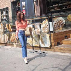 Meet T-ara's gorgeous HyoMin in Itaewon ~ T-ara World ~ 티아라