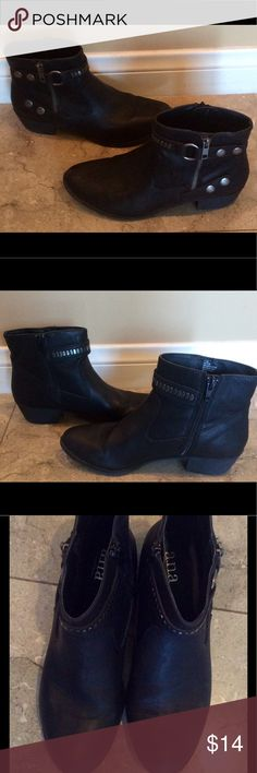 "a.n.a Black leather ankle boots very cute sz 71/2 These are a great pair of a.n.a. Black leather ankle boots/booties with metal details very nice like new I'm reposhing these didn't fit me right little seem run smaller like 7? small 4 me😟but so cute says sz 7.5 with perfect heel not to low or high about 2"" cool biker/ rocker rugged style or perfect for dessert festival with shorts, denim or dress! a.n.a Shoes Ankle Boots & Booties"