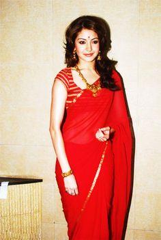 #Red Love it!  #Anushka sharma