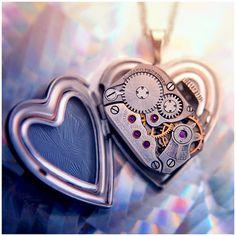 The inner workings of a heart. Clockwork Heart by ~Gosia on deviantART