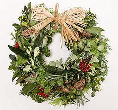 Natural Red Berry Christmas Wreath