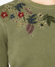 Lucky Brand Cotton Flower-Embroidered Sweatshirt - Green S Floral Embroidery Patterns, Embroidery Suits, Hand Embroidery, Sweater Embroidery, Embroidered Sweatshirts, Embroidered Clothes, Embroidered Flowers, Dresses Kids Girl, Colorful Flowers