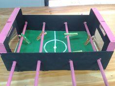 Cómo hacer un futbolín infantil | Hacer bricolaje es facilisimo.com