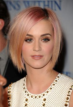 Katy-Perry-Short-Hairstyles-Pink-and-apricot-blonde-bob