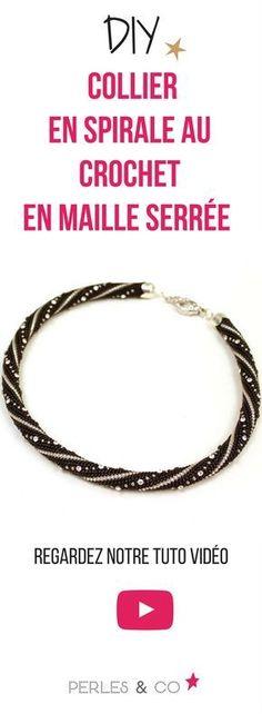 Regardez notre tutorile vidéo pour réaliser une spirale au crochet en maille serrée et réalisez un élégant collier. #spirale #crochet #perle #rocaille #maille #serrée #diy #tutoriel #perleuses