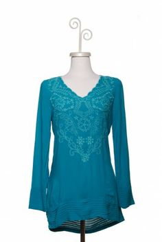 Dressing Your Truth - Type 1 Sweet Dreams Top. Love the color, the design at the top, the shape of the collar, the bottom of the shirt, the flair of the sleeves