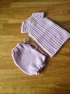 HEMILIA: Søt strikk og løse heklekrager