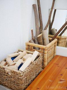 Eine Bauecke für kleine Baumeister. Montessori Kinderzimmer Update Mai 2018. Naturspielzeug #montessori #montessorikinderzimmer #waldorf #reggio