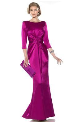Consultar precio o pedir una cita Vestido de madrina buganvillacon manga francesa y con drapeado muy favorecedor. Se realiza a medida y es de alta costura. Posibilidad de hacerlo en más colores