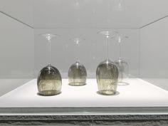 PHOTOS. Dans l'expo Patrick Neu au Palais de Tokyo, des chefs d'œuvres dessinés avec de la fumée sur des verres en cristal