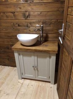 Chunky rustic painted bathroom sink vanity unit wood shabby chic *farrow&am Bathroom Sink Vanity Units, Wood Bathroom, Small Bathroom, Ikea Bathroom, Wood Vanity, Wood Sink, Painted Vanity, Painted Dressers, Vanity Decor