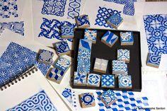 Le Tampographe Sardon: tampons reproduisant des motifs de carreaux de ciment anciens