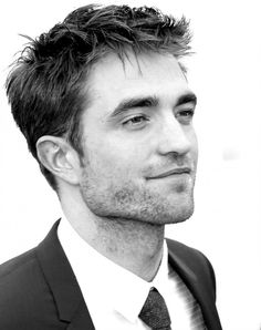 25May17 Cannes ~ Good Time photocall