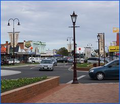 Streetlights Feilding New Zealand Past Life, Cn Tower, Kiwi, New Zealand, Places To See, Third, Sweet Home, Memories, Lights