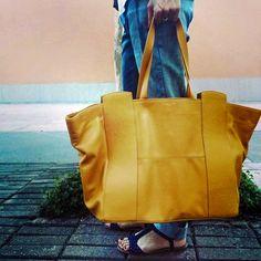 Nossa Bolsa Couro Shopping Bag H Premium Amarela.