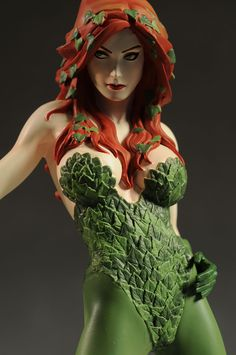 Poison Ivy Cover Girls of the DC Universe statue by DC Direct