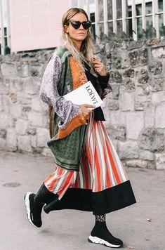 sock sneaker trend schuhe damen schwarz balenciaga rock kleid #shoes #fashion