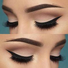 10 Hottest Eye Makeup Looks – Makeup Trends: Natural Smokey Eye with Thick Eyeliner Makeup Goals, Love Makeup, Makeup Inspo, Makeup Inspiration, Beauty Makeup, Perfect Makeup, Gorgeous Makeup, Elegant Makeup, Perfect Eyeliner
