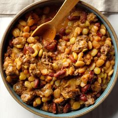 Cowboy Calico Beans ****** This is a tradition at the table when my girlfriends and I go up north for a girls' weekend. The husbands and… Best Slow Cooker, Slow Cooker Recipes, Crockpot Recipes, Cooking Recipes, Healthy Recipes, Pie Recipes, Recipies, Bariatric Recipes, Hamburger Recipes