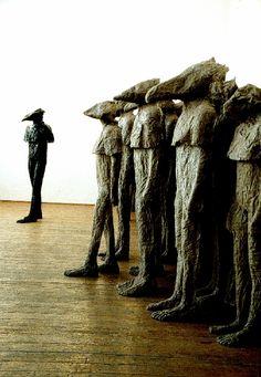 Magdalena Abakanowicz - coexistance (grupa +1). Magdalena Abakanowicz - ogólnopolski interdyscyplinarny konkurs artystyczny - zgłoszenia przyjmujemy do 31 lipca 2015 r. Zapraszamy!  Zdjęcia dzieł - Madryt Retro, Reina Sofia, 30 katalog do wystawy. #MagdalenaAbaknowicz #dzieła #rzeźby #instalacje #abakany http://artimperium.pl/wiadomosci/pokaz/539,muza-2015-magdalena-abakanowicz-regulamin-konkursu-i-karta-zgloszeniowa#.VYXU6fntmko