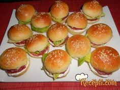 appetizers for party Mini Hamburgers, Baking Recipes, Healthy Recipes, Mini Sandwiches, Czech Recipes, Appetizers For Party, Ketchup, Finger Foods, Food To Make