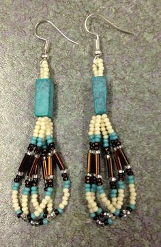 Items similar to Native American style long Beaded Earrings on Etsy Seed Bead Jewelry, Bead Jewellery, Seed Bead Earrings, Diy Earrings, Seed Beads, Jewlery, Beaded Earrings Native, Beaded Earrings Patterns, Bracelet Patterns