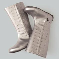 umi ballet flat boots -- we want them in our size!