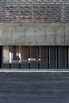 Image 13 of 26 from gallery of Insertion Below Chimney / Original Design Studio. Photograph by Zhang Siye - Wang Yuan - Sun Jialong Installation Architecture, Studios Architecture, Facade Architecture, Amazing Architecture, Contemporary Architecture, Landscape Architecture, Landscape Design, Facade Design, Exterior Design