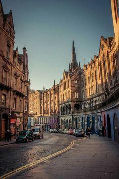 Victoria Street, Edinburgh. #thisisedinburgh Edinburgh Scotland, Scotland Travel, Castle Scotland, Places To Travel, Places To See, Orkney Islands, England Ireland, Urban Life, British Isles
