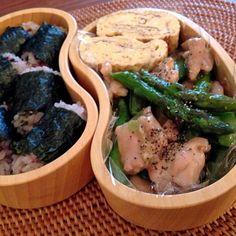 地味だな( ;´Д`) - 80件のもぐもぐ - 雑穀おにぎり弁当 by yukoad