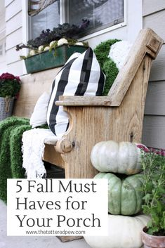 5 Fall Must Haves for Your Porch The Tattered Pew Treatment Projects Care Design home decor Fall Home Decor, Autumn Home, Diy Home Decor, Room Decor, Porch Decorating, Decorating Your Home, Decorating Ideas, Decor Ideas, Home Design
