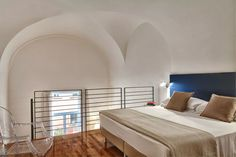 These hotels are perfect for a nice stay on a budget in Nice. See the full collection! Quality Hotel, Be Perfect, Hotels, Budget, France, Collections, Nice, Bed, Inspiration