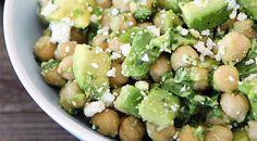 csicseriborsós avokádós saláta Sprouts, Potato Salad, Vitamins, Paleo, Food And Drink, Potatoes, Vegetarian, Vegetables, Drinks
