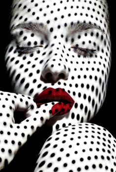 Creative Portraits, Creative Photography, Portrait Photography, Fashion Photography, Projector Photography, Mode Vintage, Black N White, Beauty Art, Black And White Photography