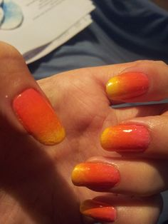 Nail art. Ombre look.