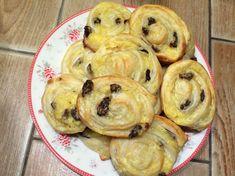 Vaníliás mazsolás csiga leveles tésztából Muffin, Breakfast, Food, Meal, Eten, Meals, Muffins, Morning Breakfast